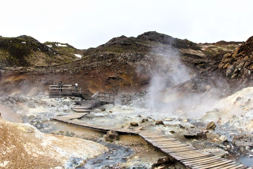 Steaming hot pools at Reykjanes, good for baking bread and cake.