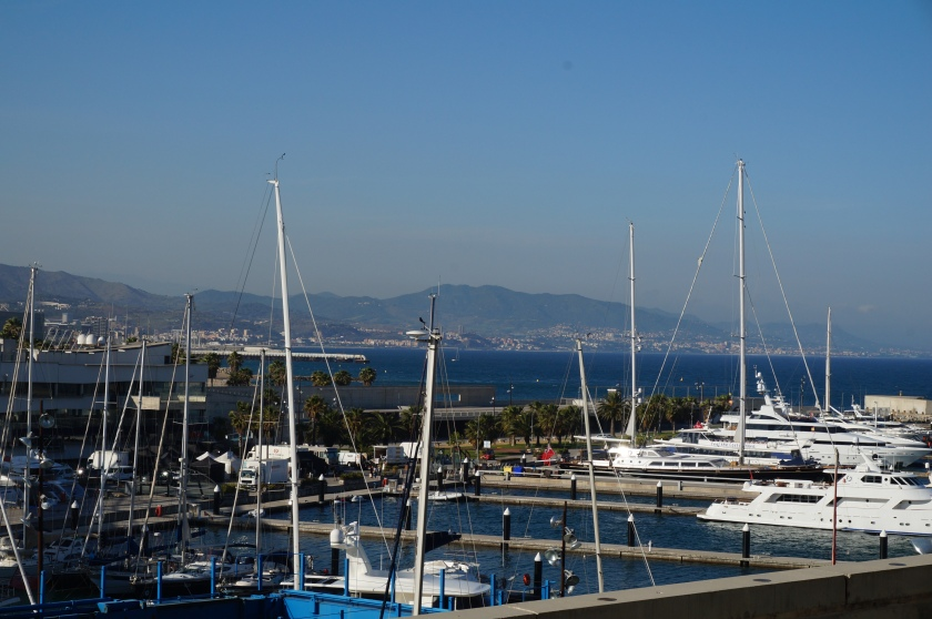 Barcelona's beaches and harbours make for great places to bike to