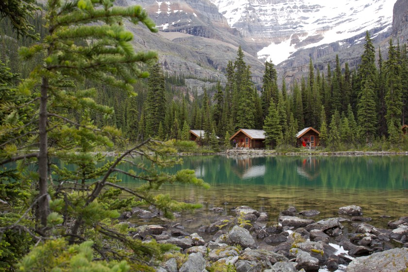 Lakeshore cabins at Lake O'Hara